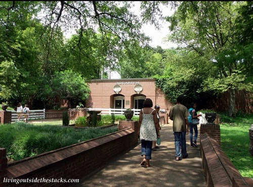 The Memphis Zoo and Aquarium