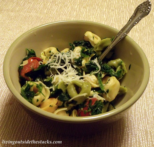 Spinach, Tomato and Cheese Tortellini