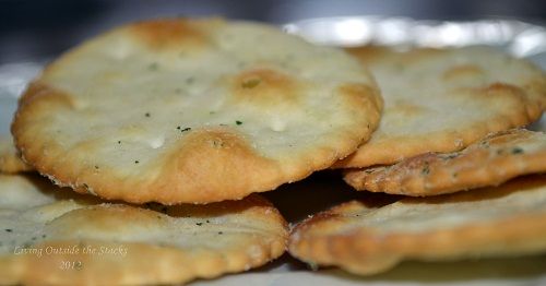 Garlic and Chive Pita Chips