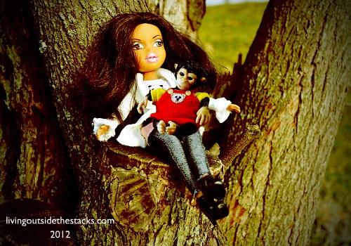 Jasmin and Monkey