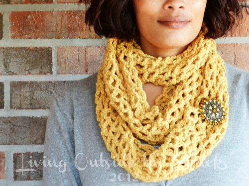 Mustard Infinity Scarf {Living Outside the Stacks}