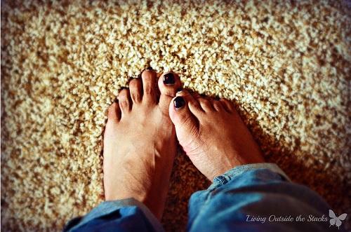 Feet {Living Outside the Stacks}