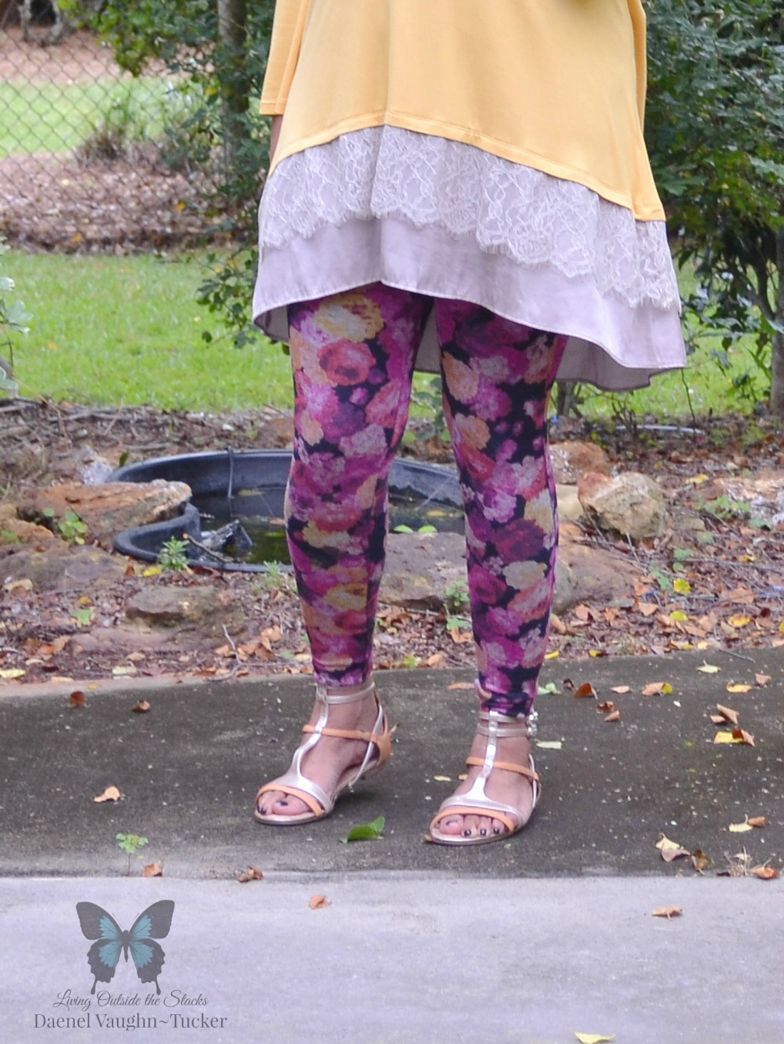 Maize Logo Top Floral Leggings and Sseko Sandals {living outside the stacks}