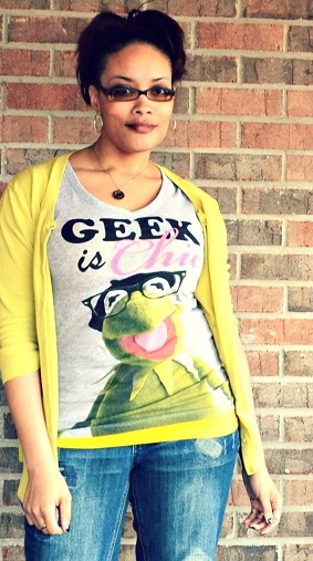 Geek is Chic Tee Shirt {living outside the stacks}