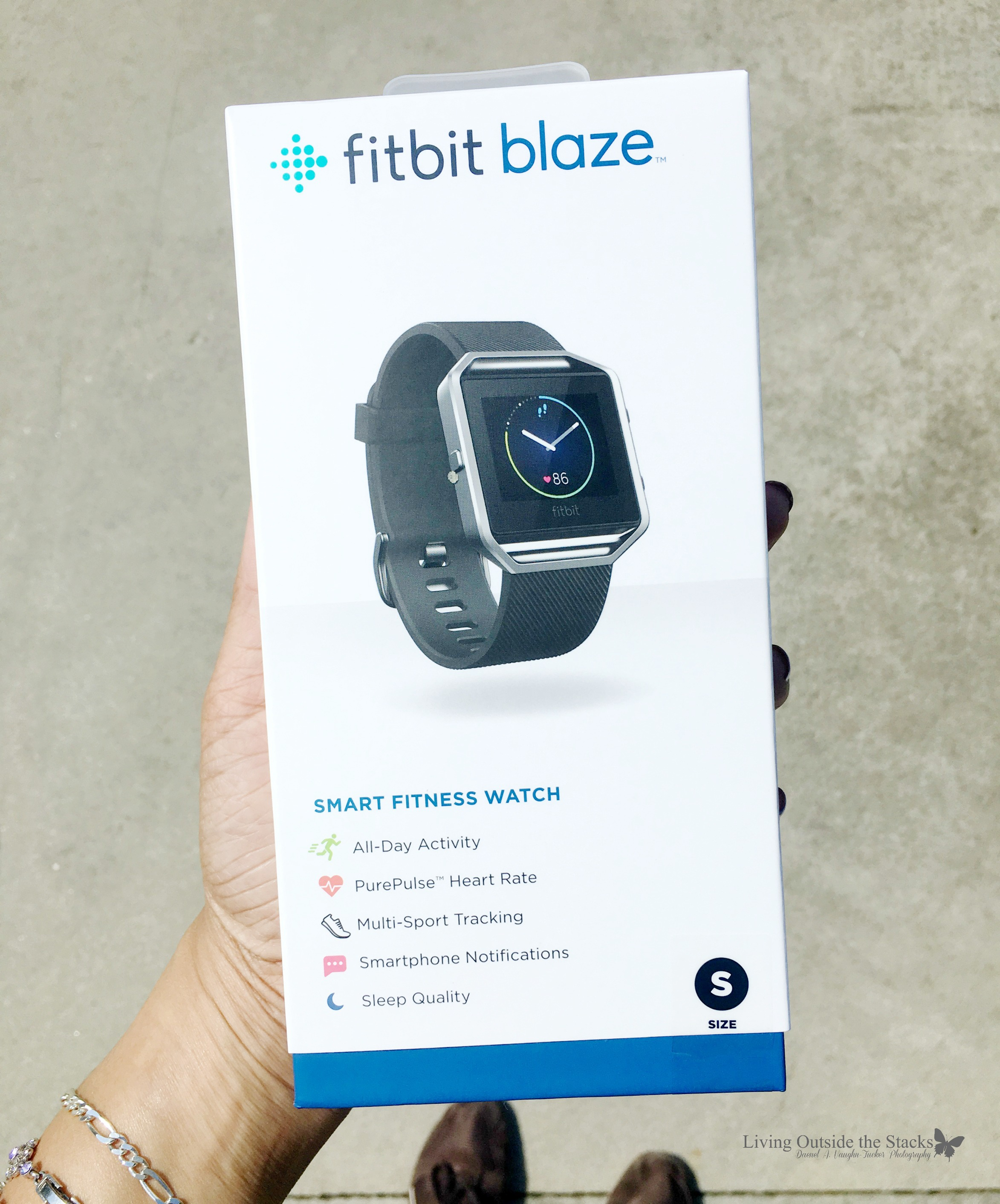 Fitbit Blaze Review {living outside the stacks}
