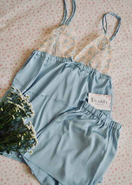 identity lingerie (2)