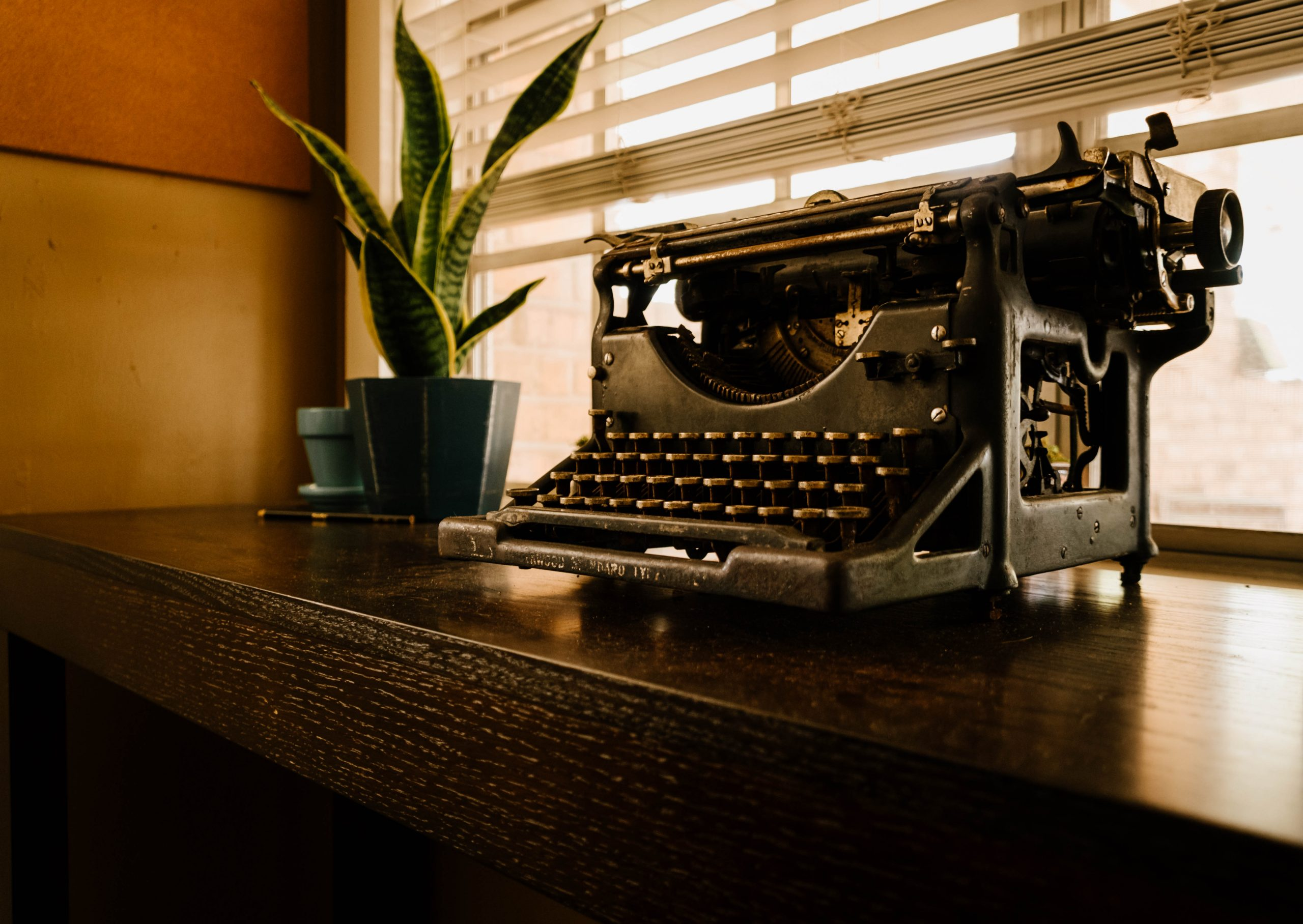 Vintage Typewrite {living outside the stacks}