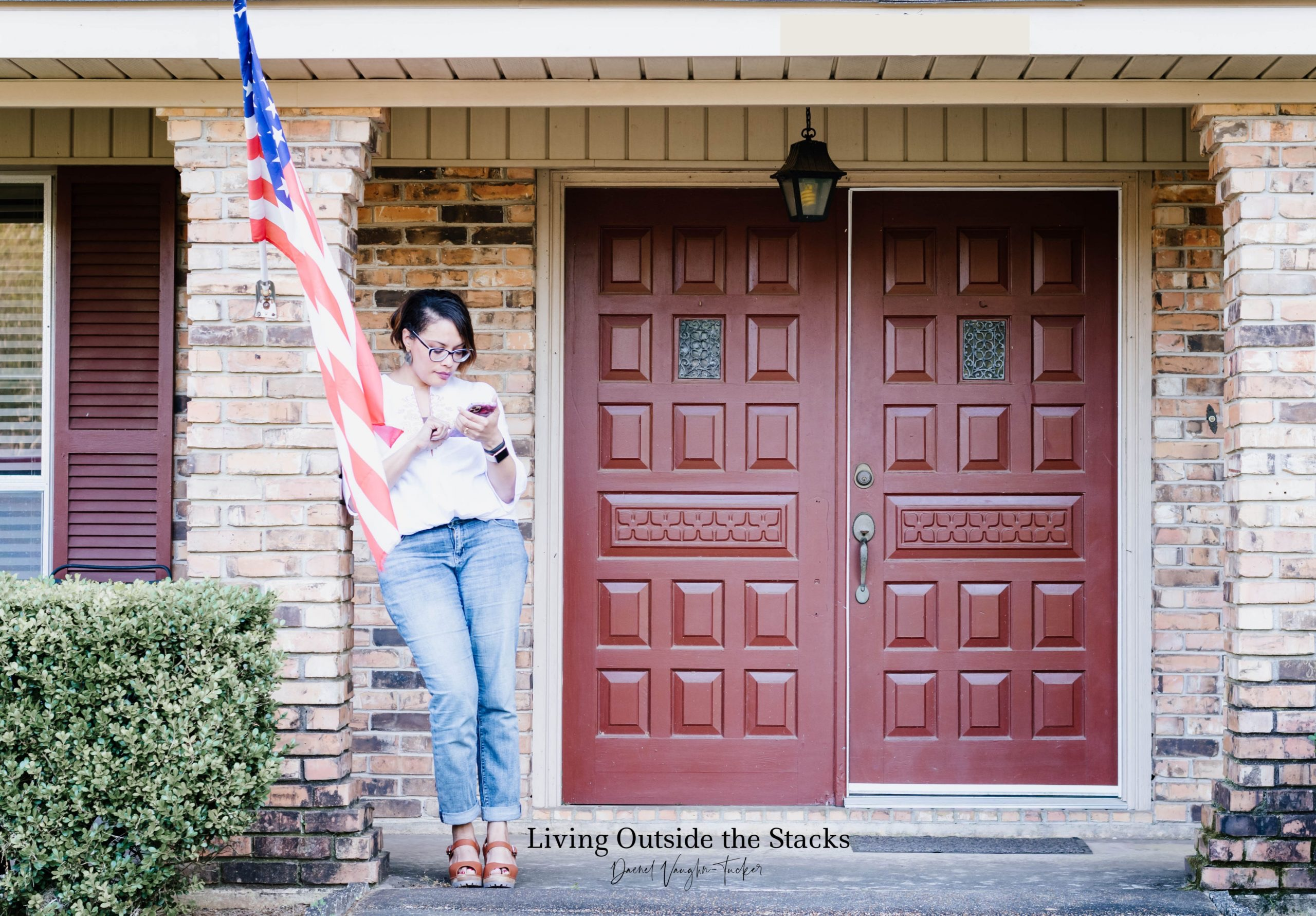 Daenel T {living outside the stacks} 1_30 #OnMyFrontPorch
