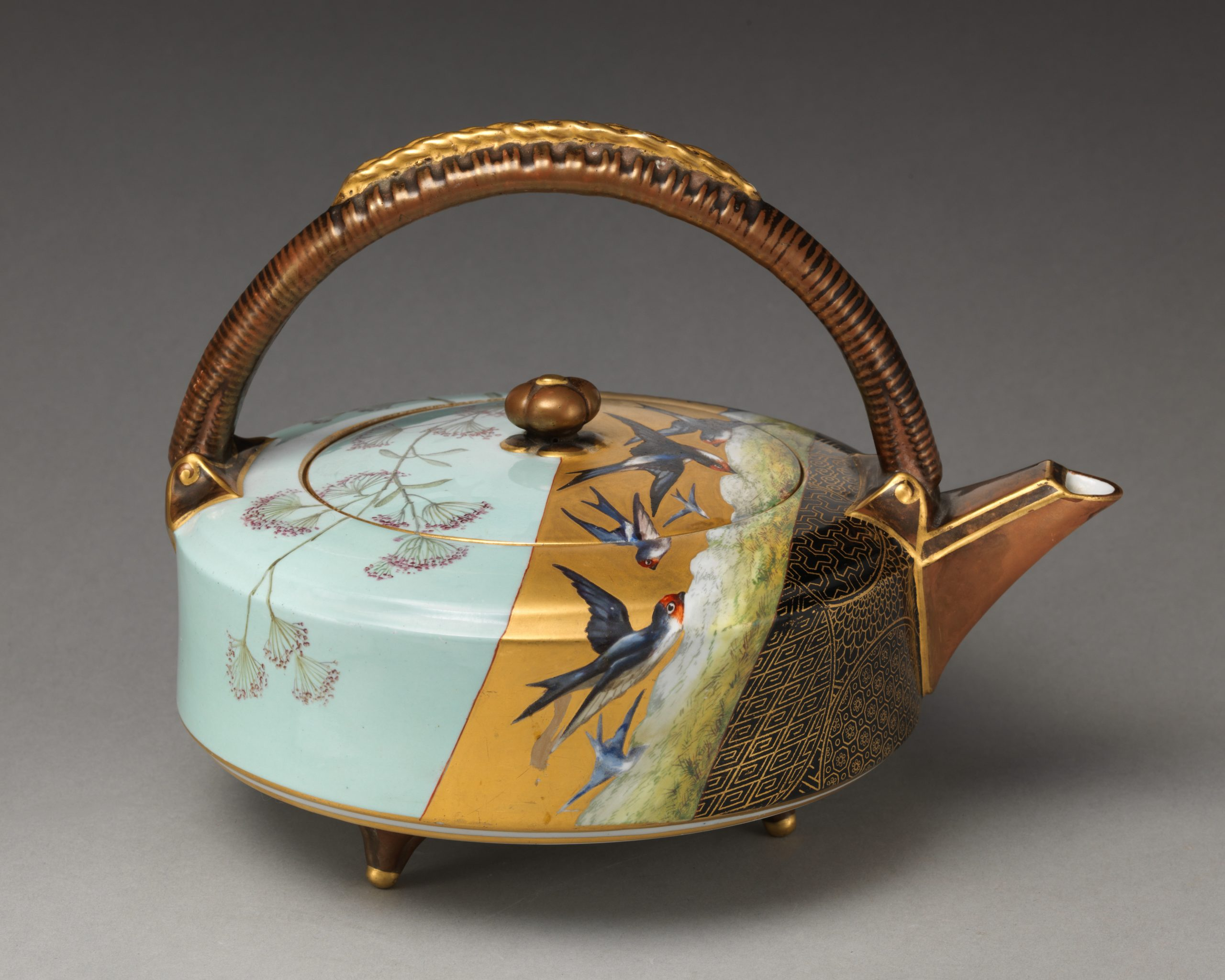 Teapot {Metropolitan Museum of Art Open Access}