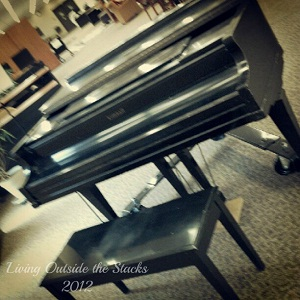 Piano in the Kent Library