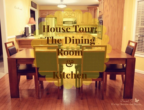 House Tour: The Dining Room & Kitchen {Living Outside the Stacks}