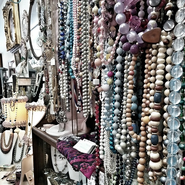 Somewhere in Time Antiques {Living Outside the Stacks}