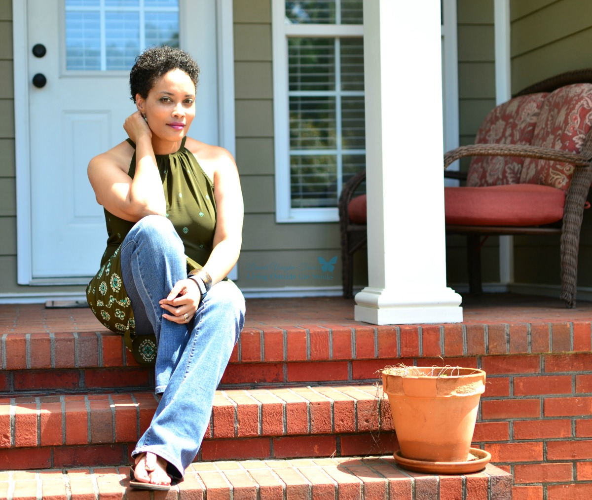 Old Navy Dress Over Jeans with Sseko Sandals and Sloan and Themis Earrings{Living Outside the Stacks}