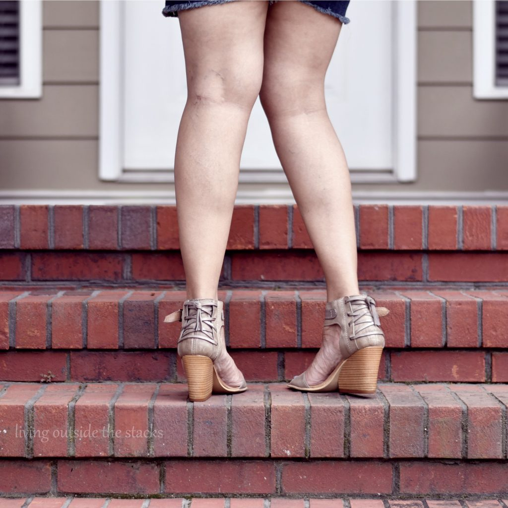 Blue Peasant Top Denim Shorts and Miz Mooz Sandals #AgelessStyleLinkup {living outside the stacks}