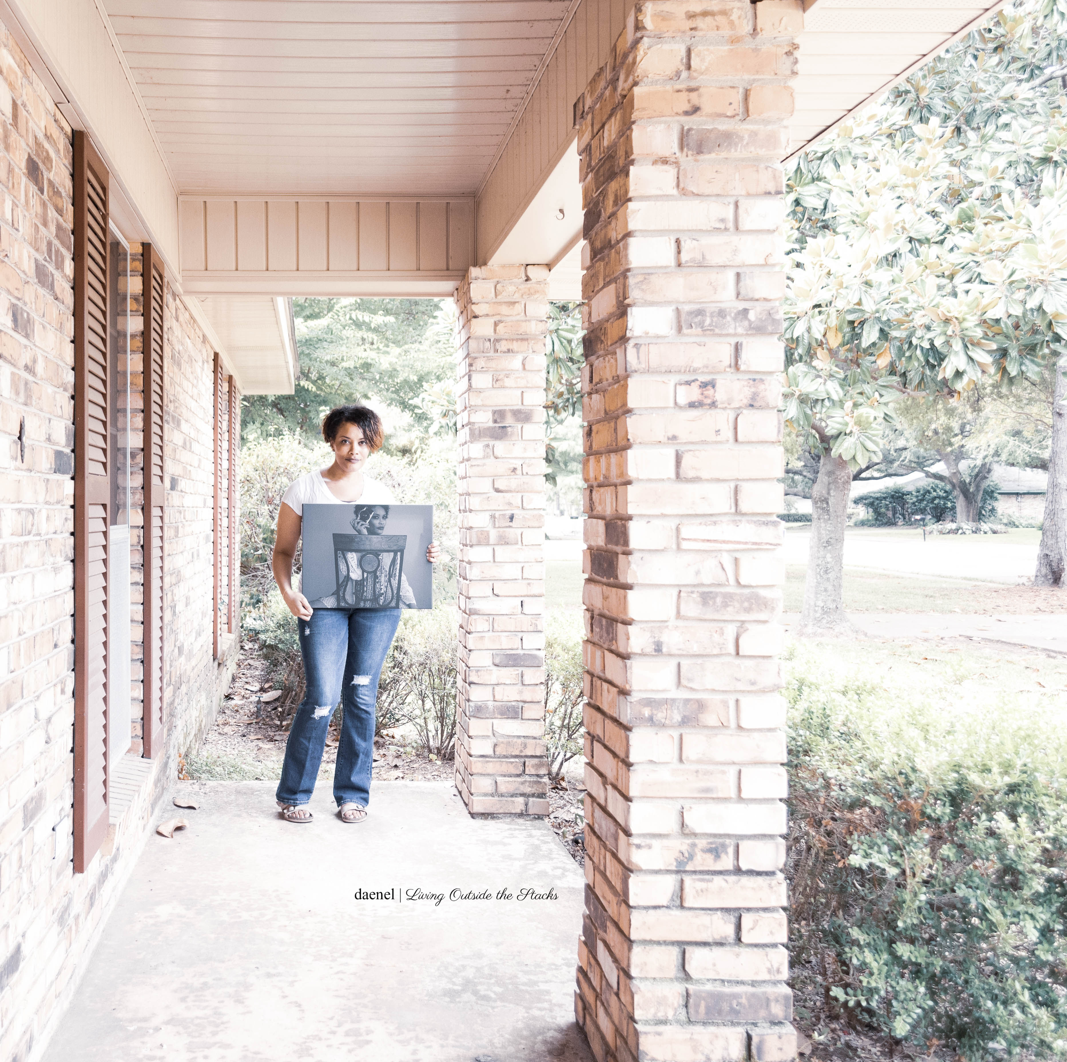 Canvas on the Cheap Review {living outside the stacks}