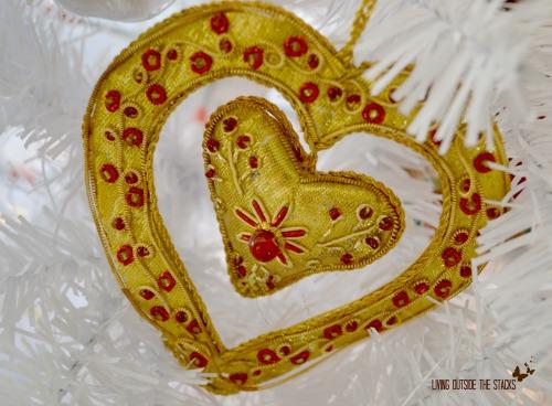 DSC_3827-Gold-Heart